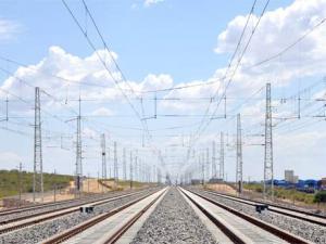 China Railway Guangzhou Bureau runs through 3 China-Laos railway tunnels this month